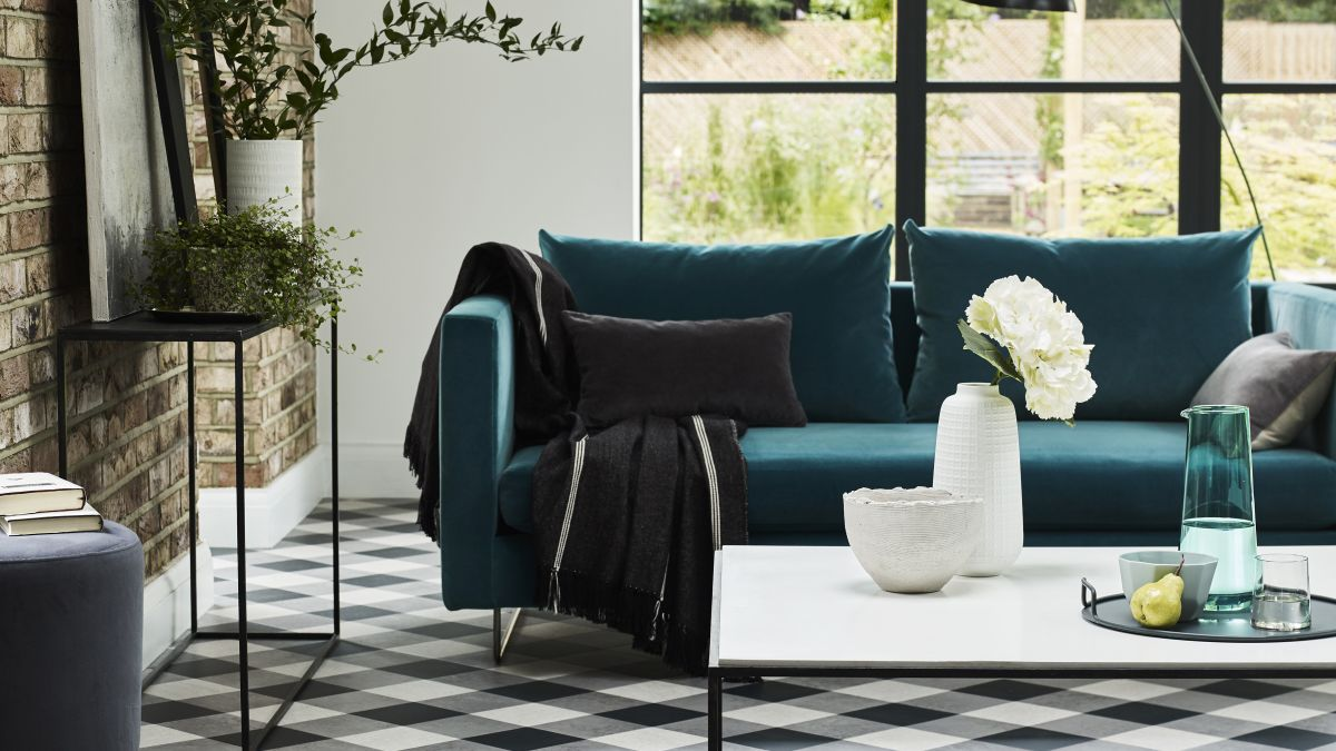 Superb 20 Green Living Room Design Ideas Real Homes Gmtry Best Dining Table And Chair Ideas Images Gmtryco