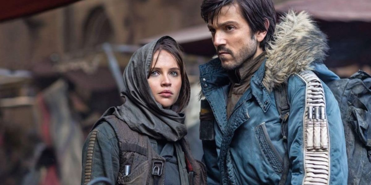 Cassian Andor next to Jyn Erso in Rogue One: A Star Wars Story.