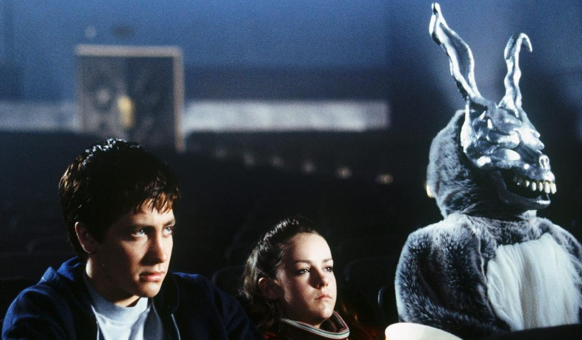 Donnie Darko Jake Gyllenhaal and Jena Malone at the movies with Frank