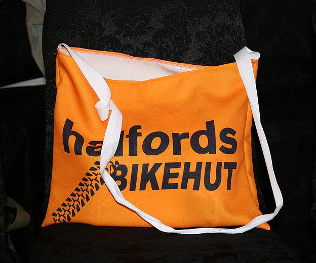 Team Halfords Bikehut