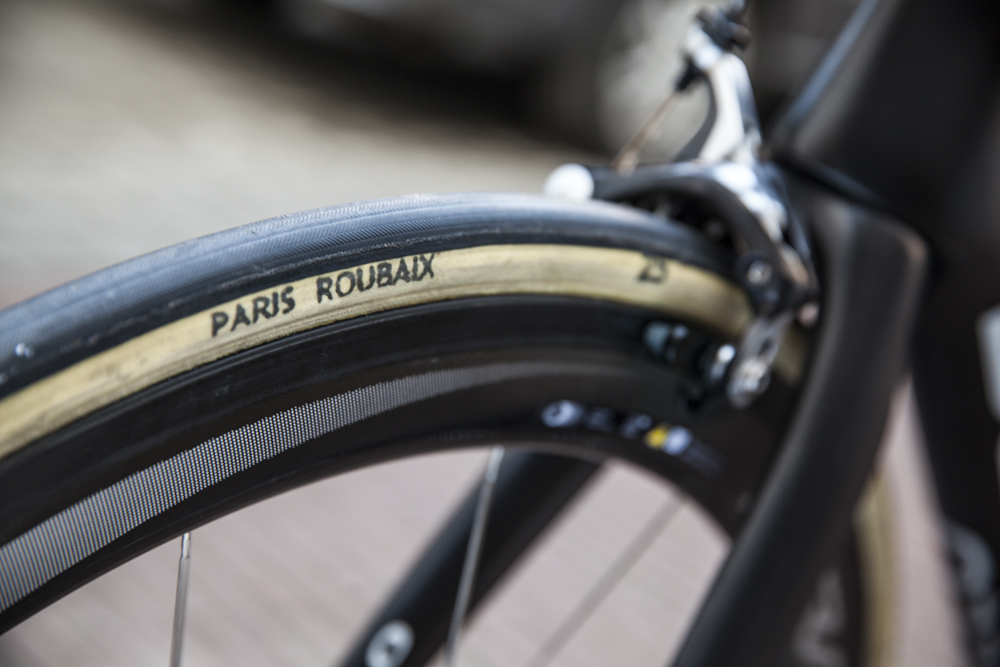 FMB paris-roubaix 25mm luke rowe pinarello k8 3