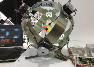 world-record-robot-rubik-cube