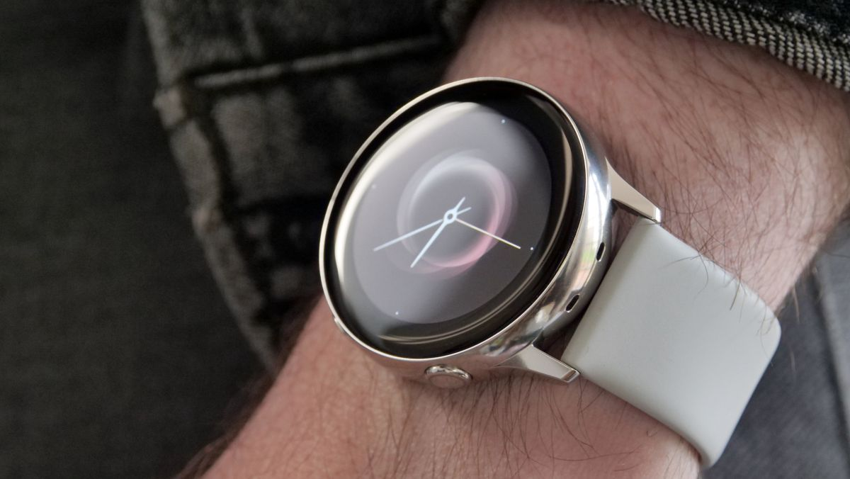 Samsung Galaxy Watch Active 2 leaks online with <b>Apple Watch</b> inspired design