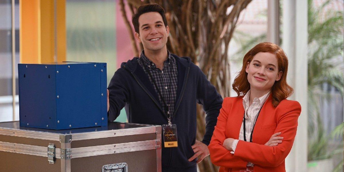 Skylar Astin as Max and Jane Levy as Zoey Clarke in Zoey's Extraordinary Playlist.