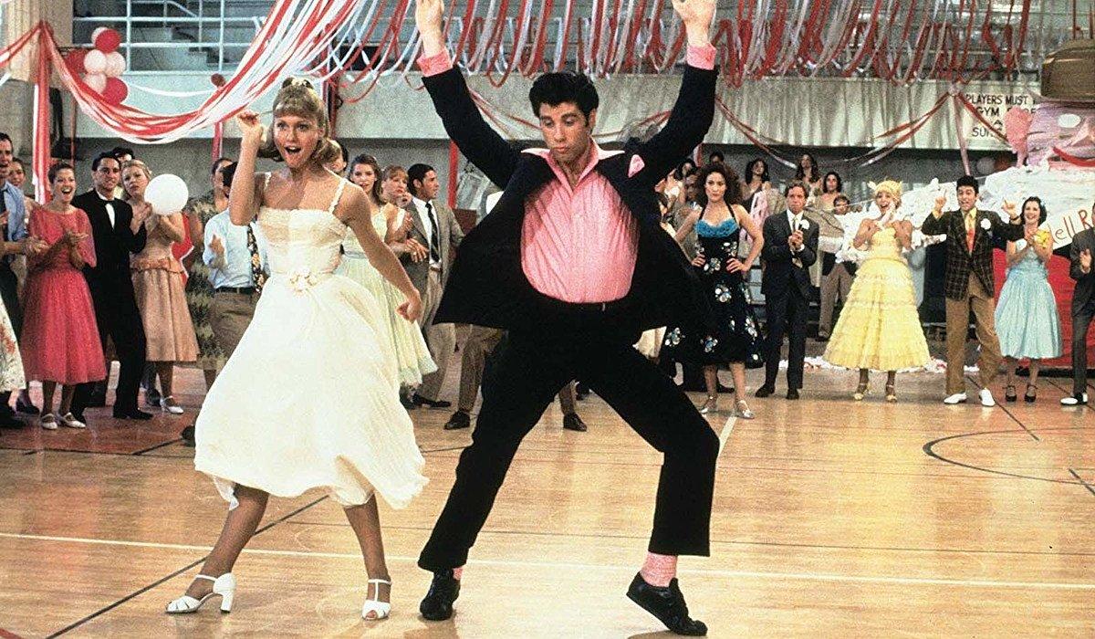 Grease Olivia Newton-John and John Travolta at the school dance