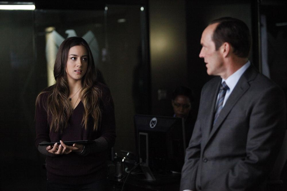 Agents Of S.H.I.E.L.D. Providence Trailer And Photos Tease A Big Reveal And Patton Oswalt #31054