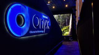 Samsung Onyx