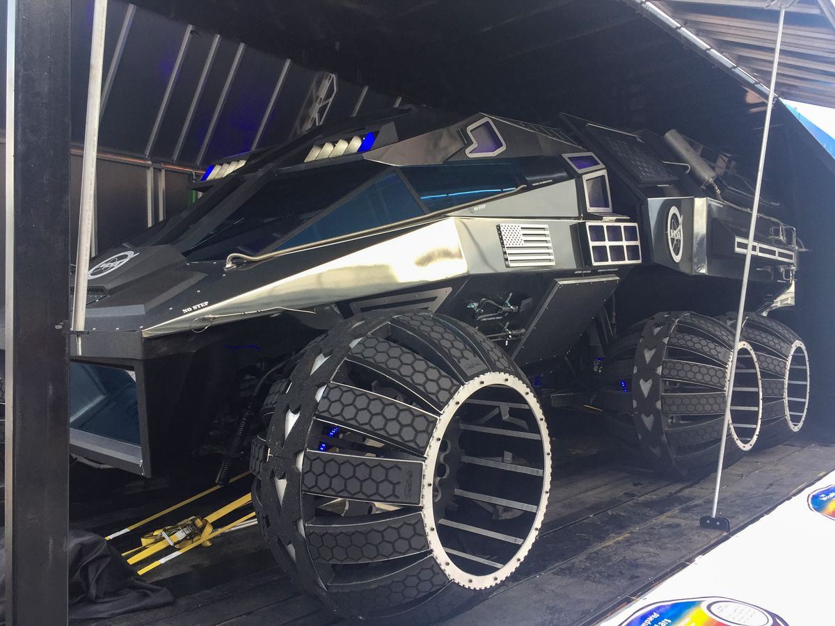 We Explored Nasa S Concept Mars Rover And It Was Out Of This World Space