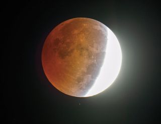 Lunar Eclipse of October 2014