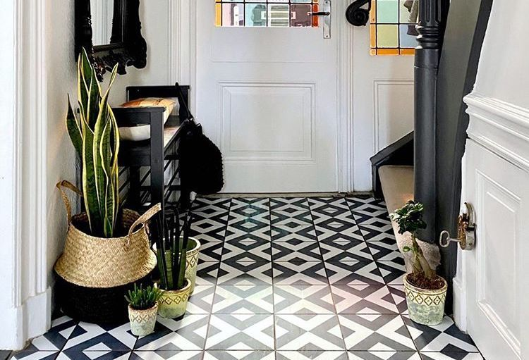 Hallway before and after using tile stickers