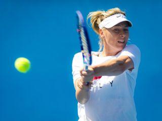 Maria Sharapova practices at the 2016 Australian Open.