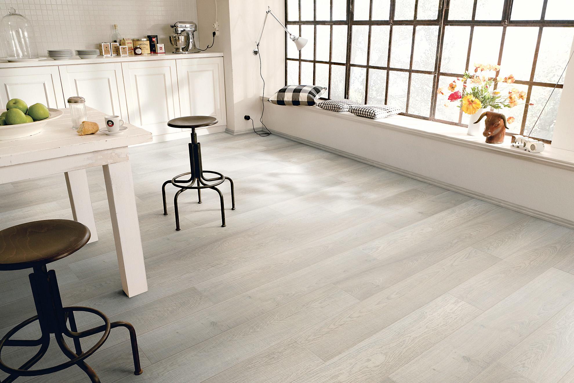 6 Looks For Laminate Flooring