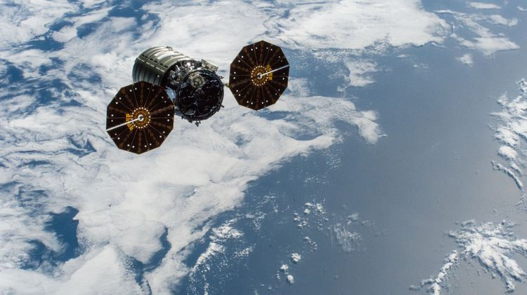 Private Cygnus Cargo Ship Ends Mission with Fiery Death in Earth's Atmosphere