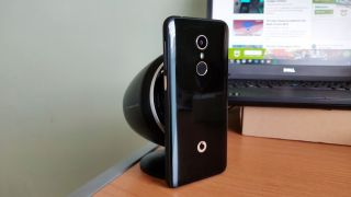 Vodafone Smart N9 offers up a family friendly experience for