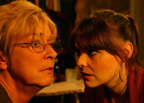Deirdre and Tracy strike a bargain in Coronation Street