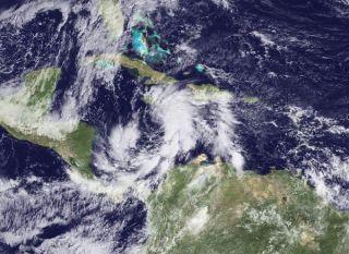 tomas-haiti-101104-02