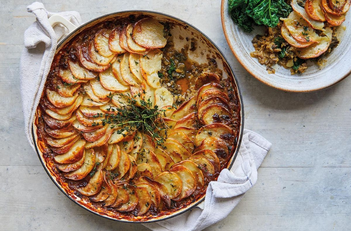 Jamie Oliver's cottage pie is a vegetarian hotpot that's the ultimate in comfort food