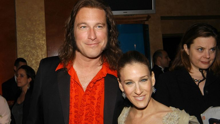 John Corbett and Sarah Jessica Parker attend The FRAGRANCE FOUNDATION Presents the 34th Annual FIFI Awards at Hammerstein Ballroom on April 3, 2006 in New York City.