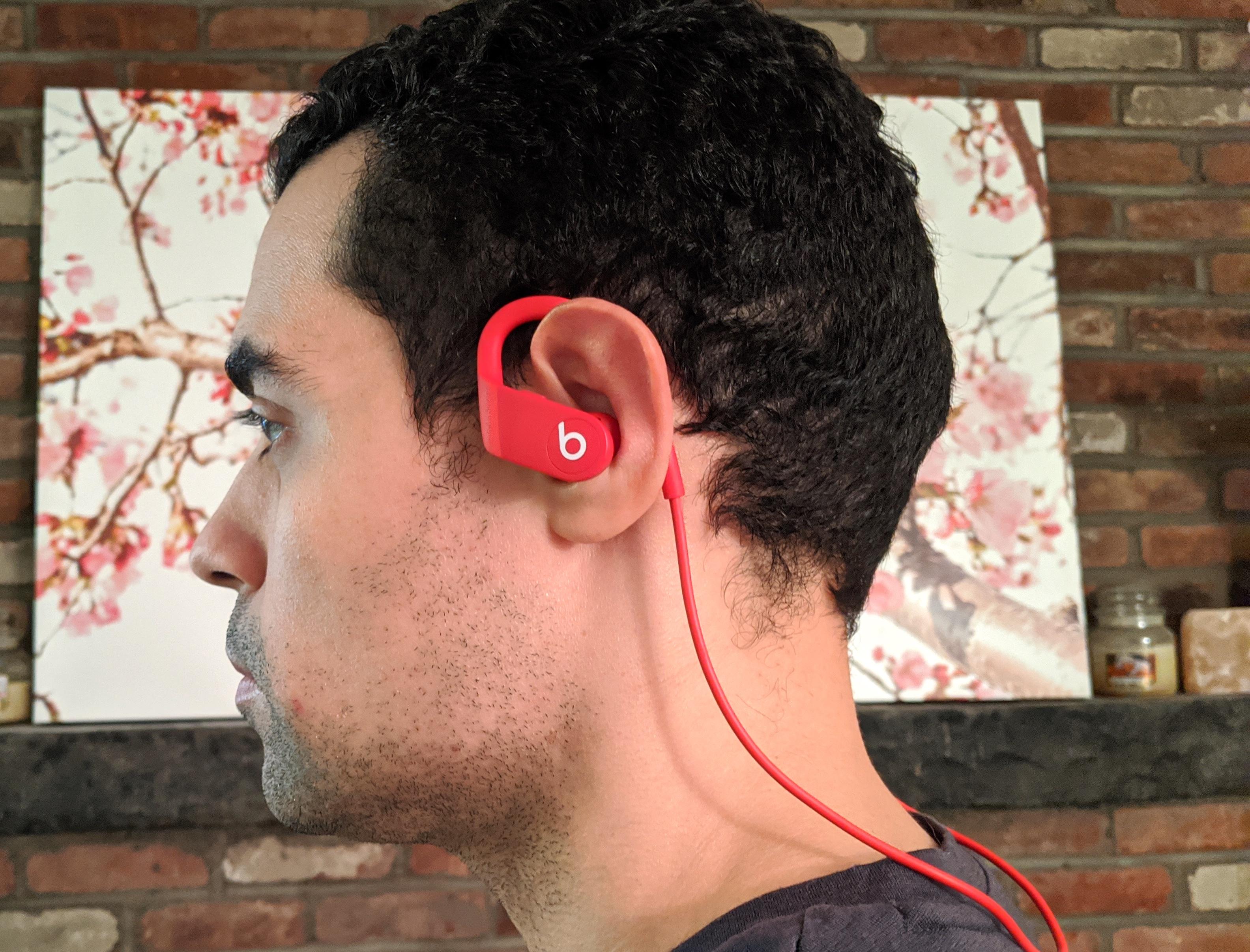 Melhores fones de ouvido esportivos: Beats Powerbeats 4