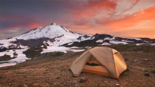 A tent in the mountains