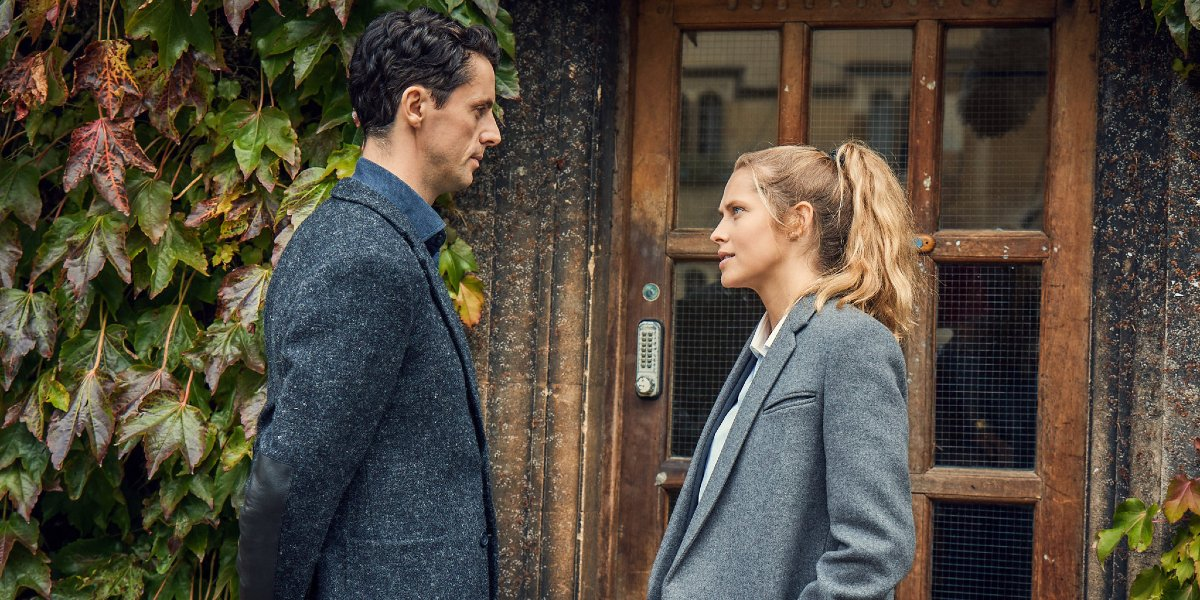 Matthew Goode and Teresa Palmer on A Discovery of Witches