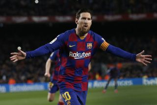 Manchester City favourites to sign Lionel Messi