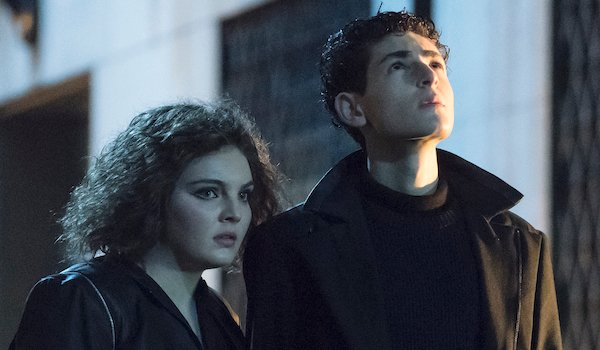 selina and bruce in alley gotham