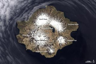 semisopochnoi-island-alaska-101229-02
