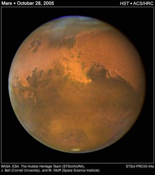 Hubble Snaps Photos of Giant Martian Dust Storm