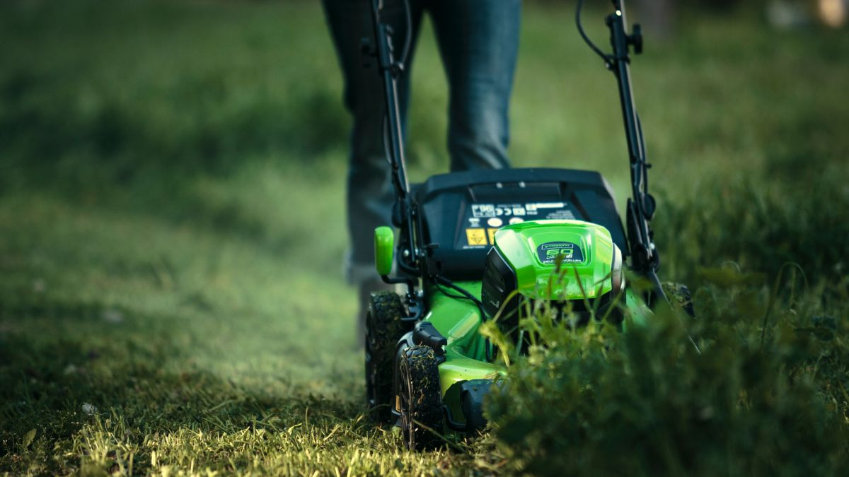 Benefits Of Buying A Cordless Lawn Mower