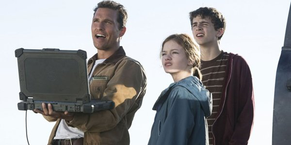 Matthew McConaughey, Timothee Chalamet, and Mackenzie Foy in Interstellar