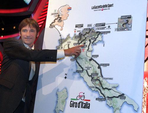Denis Menchov at the 2010 Grio d'Italia presentaion