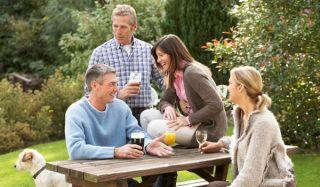 friends-social-outside-101008-02