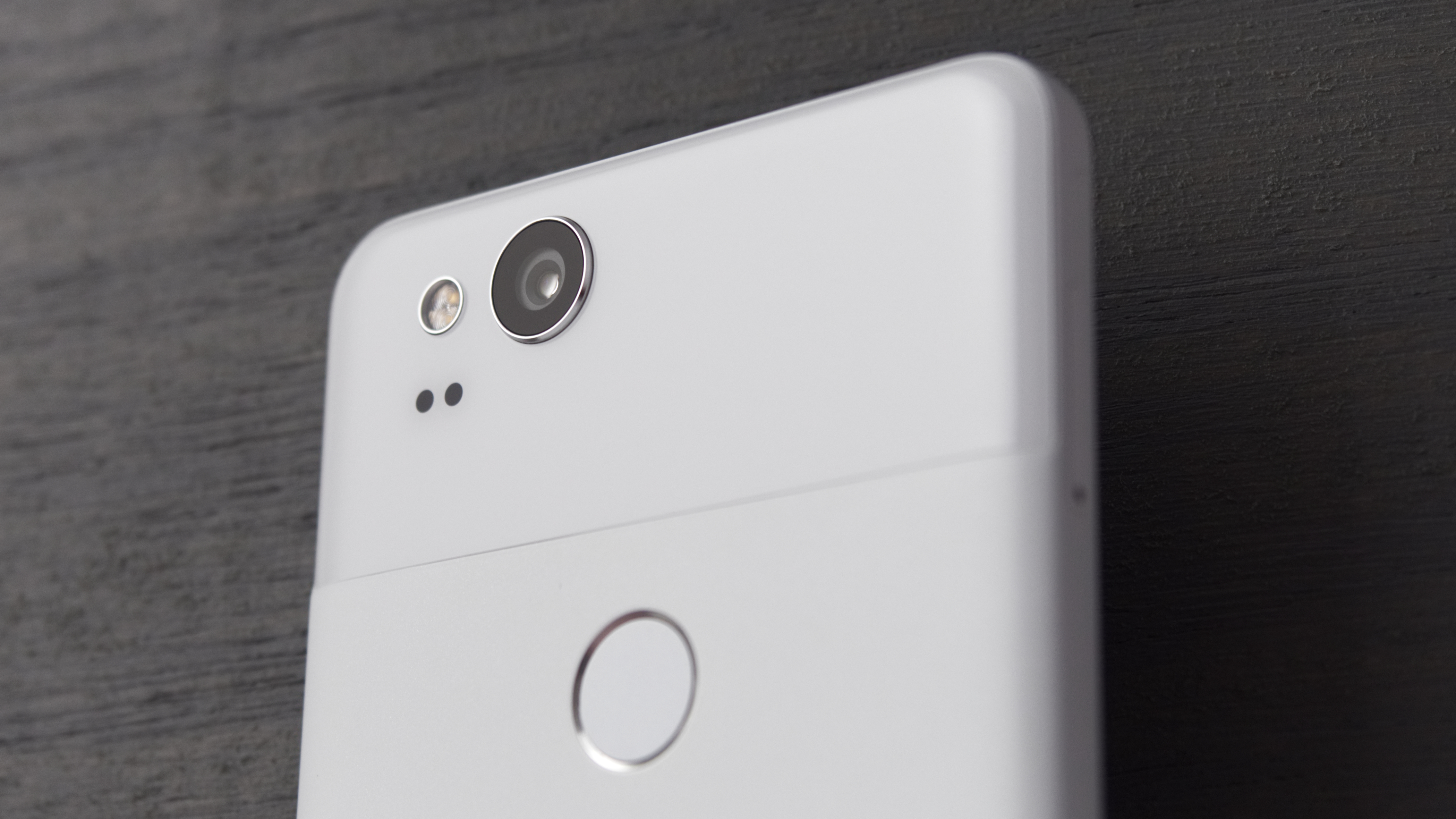 Pixel 3 XL set to have wireless charging, but you'll have to buy your own charger 1
