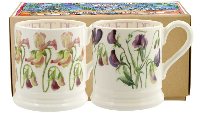 Get two free Sweet Pea Emma Bridgewater mugs when you subscribe to Period Living