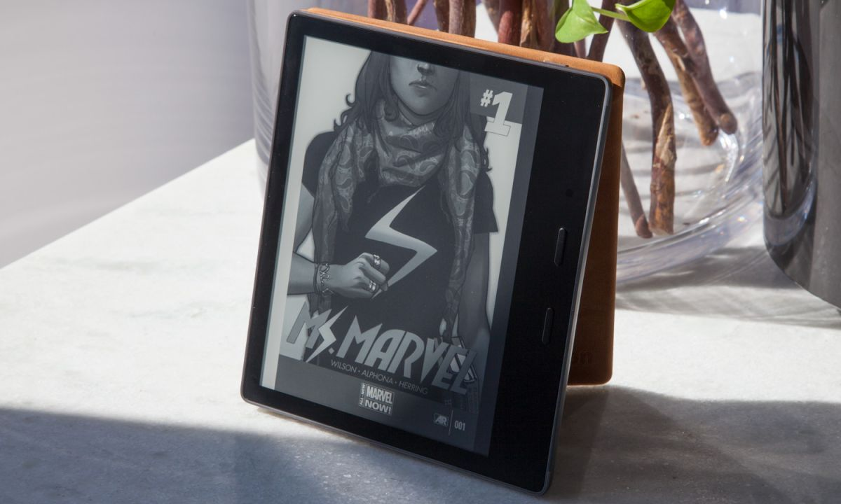 Amazon Kindle Oasis (2017) Review: Best Kindle Ever, If You Pay Up
