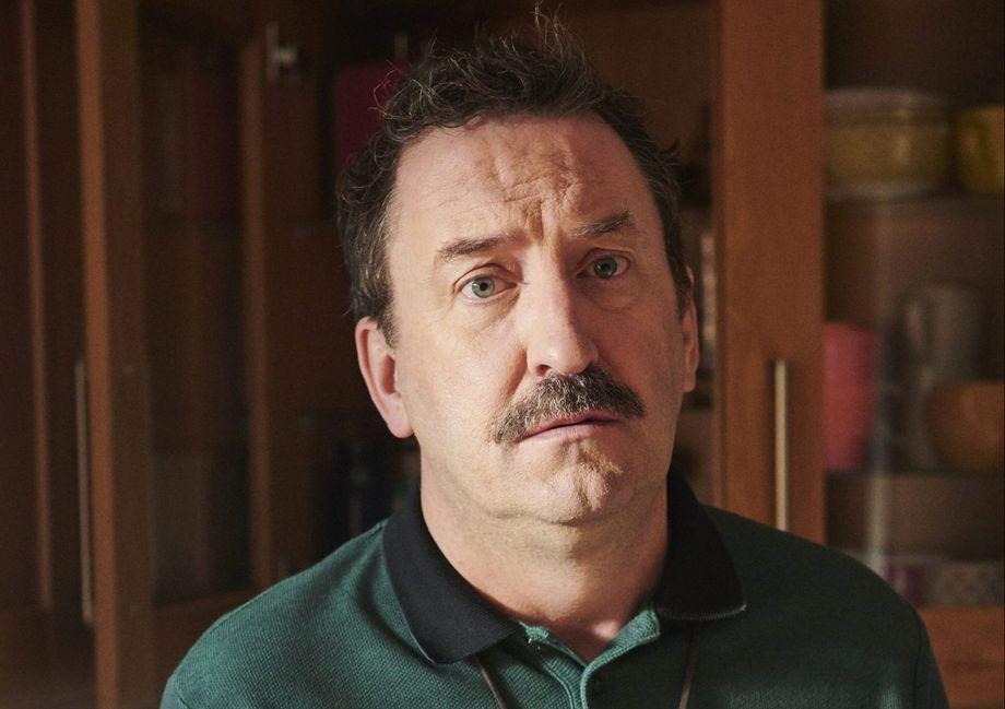 Lee Mack as Stuart in Semi-Detached