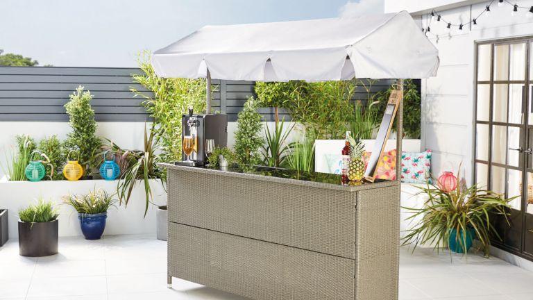 Aldi garden bar