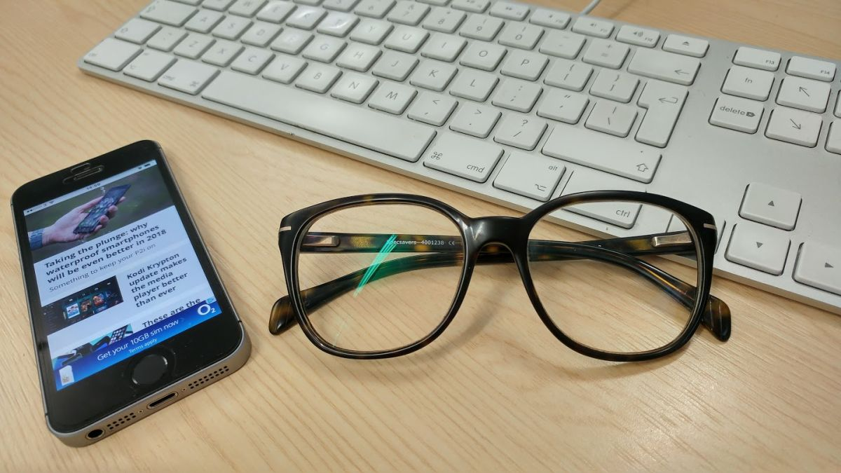 Does a leaked injury report point to Apple's augmented reality glasses?