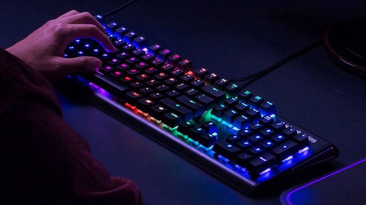 the best gaming keyboards 2019 premium mechanical wireless t3. Black Bedroom Furniture Sets. Home Design Ideas