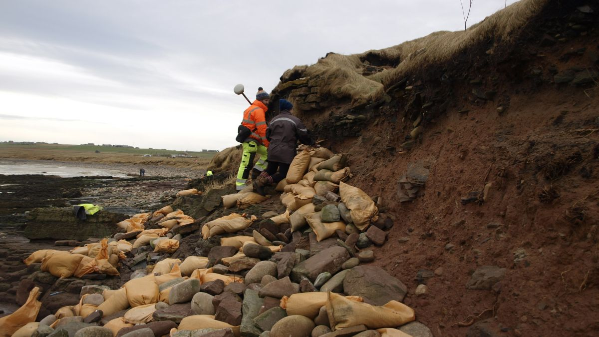 Scottish storms unearth 1,500-year-old Viking-era cemetery | Live Science
