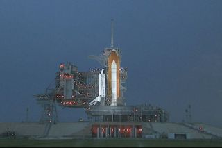 NASA Resumes Countdown for Possible Friday Shuttle Launch
