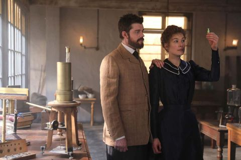 Marie and Pierre Curie (Rosamund Pike and Sam Riley, respectively)
