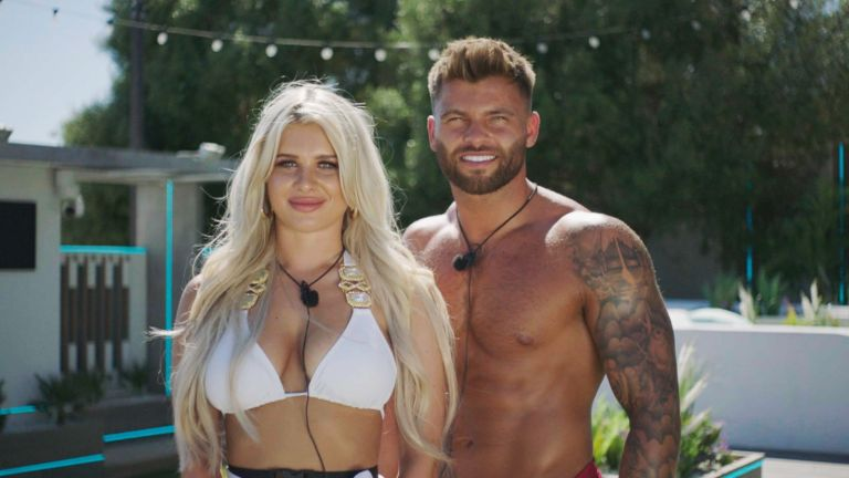 Liberty and Jake from Love Island 2021, Episode 1