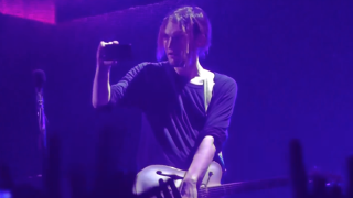 A picture of Josh Klinghoffer at the gig in Turin