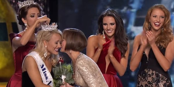 screenshot of Savvy Shields winning Miss America 2017 from youtube video