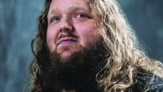Matt Andersen's face staring towards the sky.