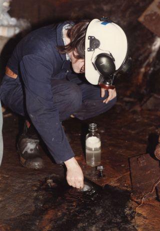 Sampling water in a deep mine