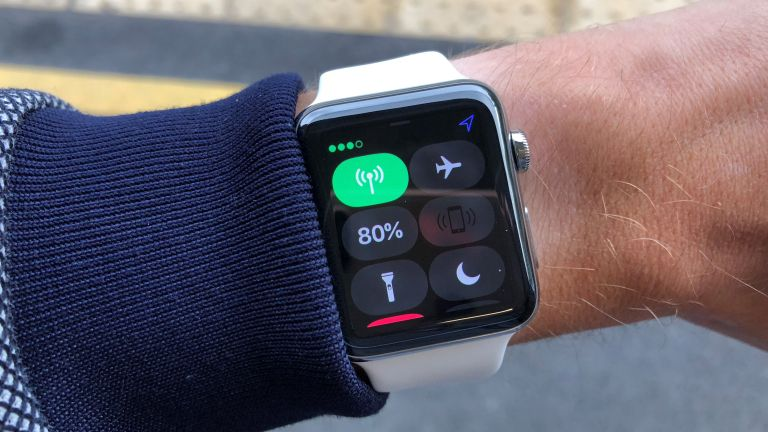 604f71529 Apple Watch Series 4 smart straps could add extra battery life or warn  against sun burn