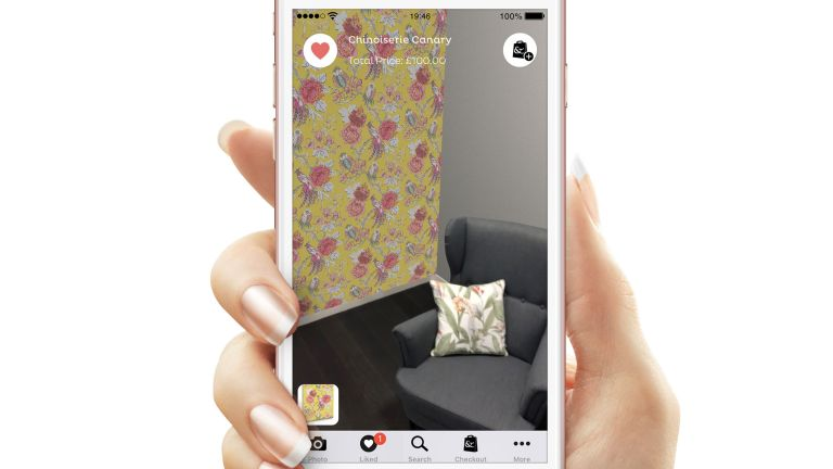New wallpaper visualiser app, DecoratAR, launched by Graham & Brown